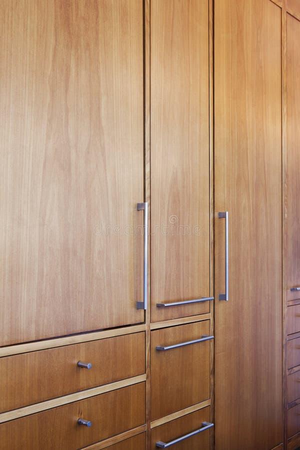 Wardrobe de madeira fotografia de stock