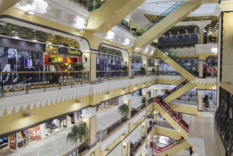 Warenhuis in yekaterinburg, Russische federatie royalty-vrije stock fotografie