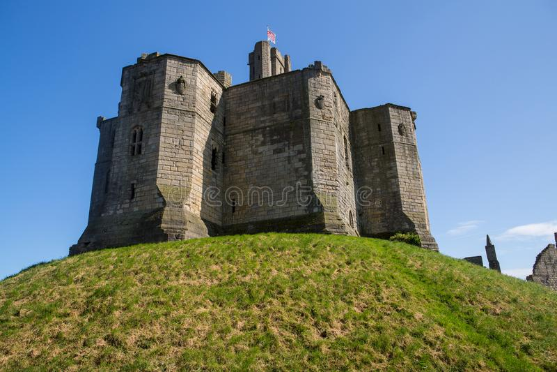 Warkworth y castillo de Warkworth imágenes de archivo libres de regalías