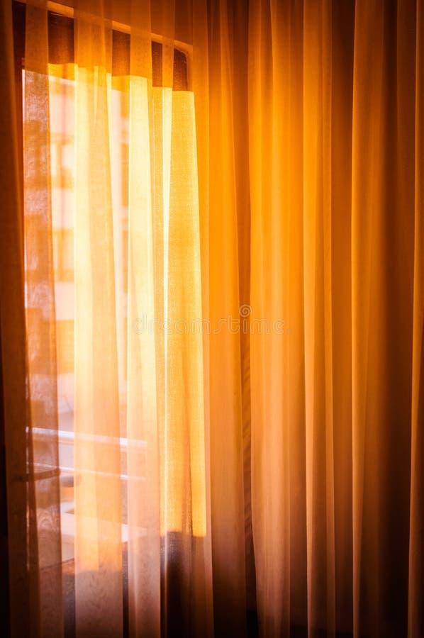 Warm Ochtendlicht Op Gordijnen Stock Foto - Afbeelding bestaande uit ...