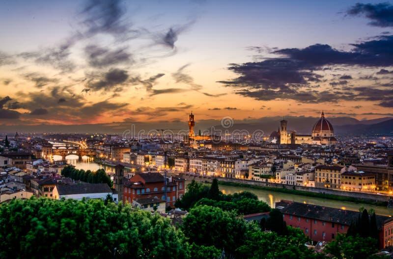 Warme zonsondergang in Florence, Italië stock fotografie