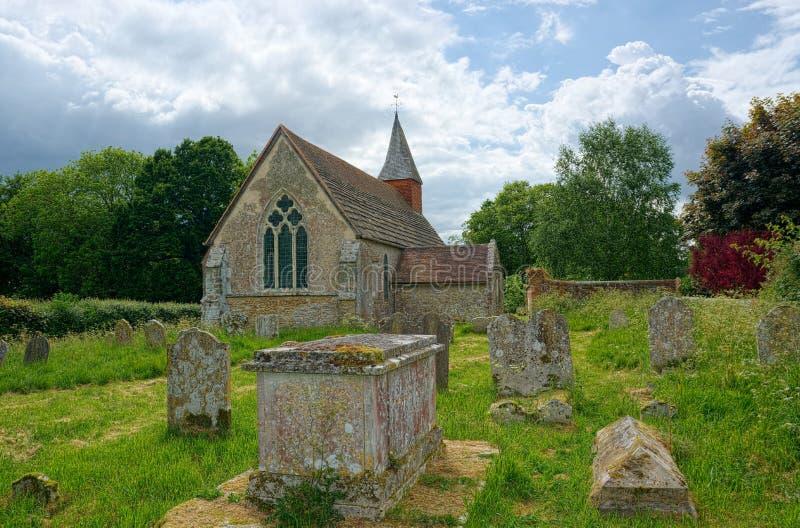 Warminghurst kyrka, Sussex UK Den heliga griften arkivbild