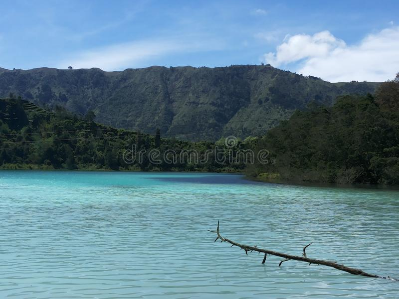 Warna di TElaga - dieng - Java centrale immagini stock