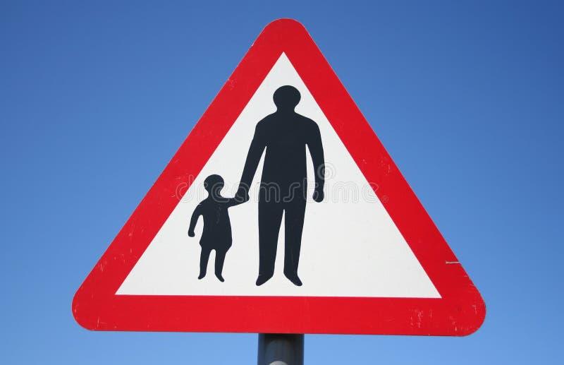 Warnendes Fußgängerzeichen stockfotos