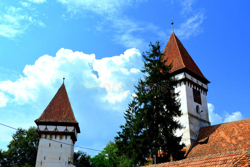 Warownego średniowiecznego saxon ewangelicki kościół w Agnita- Agnetheln, Transilvania, Rumunia zdjęcia stock