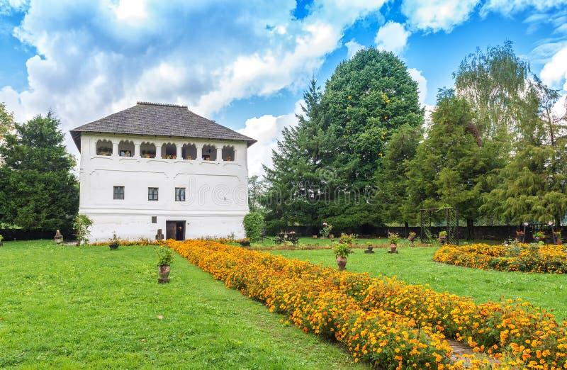 Warowny dwór w Maldaresti, Rumunia (Cula w romanian) fotografia stock