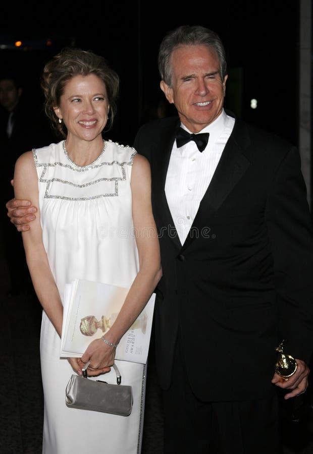 Warren Beatty y Annette Bening imagen de archivo