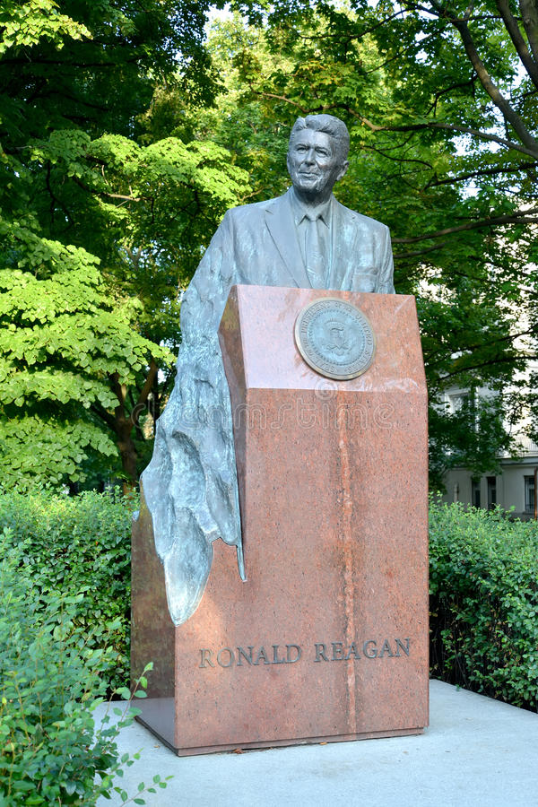 WARSAW, POLAND. A monument to the U.S. President Ronald Reagan on Uyazdovskaya Avenue. WARSAW, POLAND - AUGUST 23, 2014: A monument to the U.S. President Ronald royalty free stock image