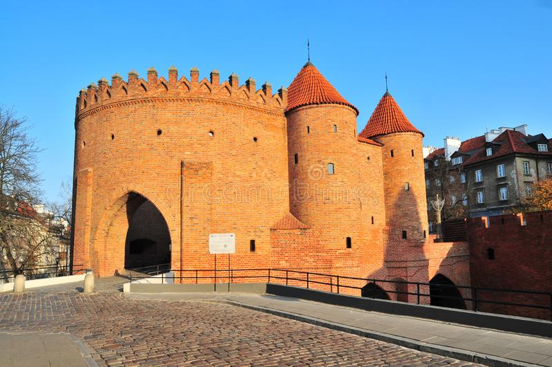 Warschau Barbican Barbakan halbkreisförmig befestigten Außenposten in alter lizenzfreies stockfoto