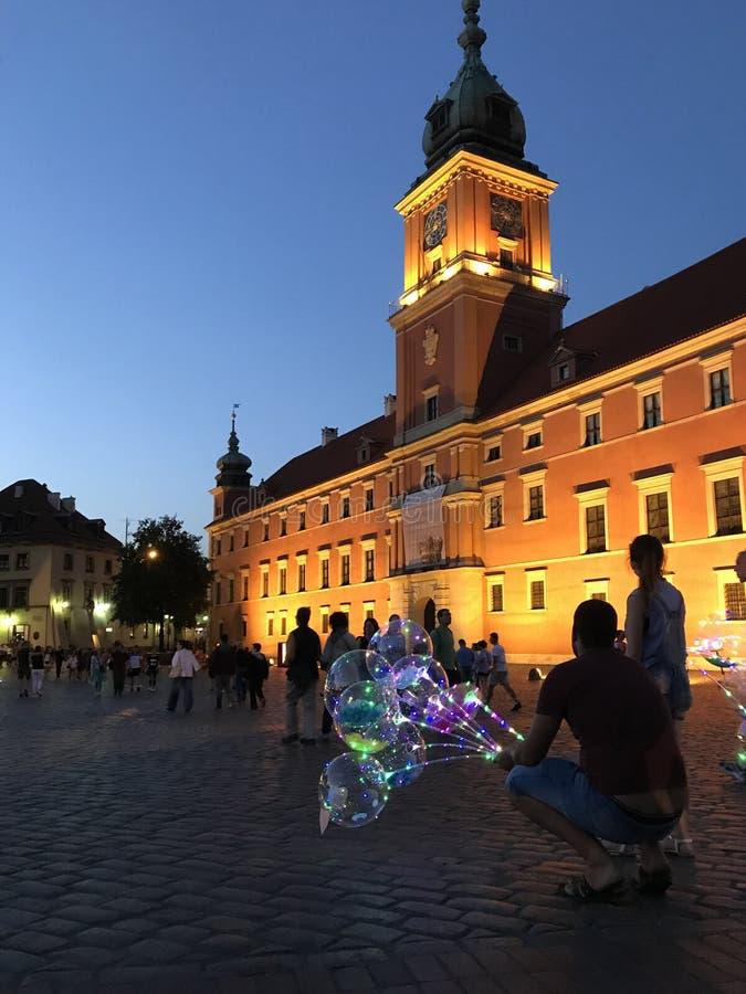 Warschau, Polen im Juli 2019 - das königliche Schloss nachts lizenzfreie stockfotos