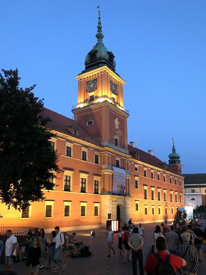 Warschau, Polen im Juli 2019 - das königliche Schloss nachts stockfotos
