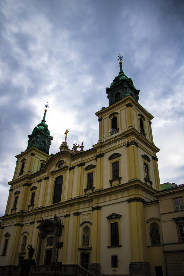 Warschau, Polen, am 10. März 2019: Kleinere Basilika des heiligen Kreuzes in Warschau stockfoto