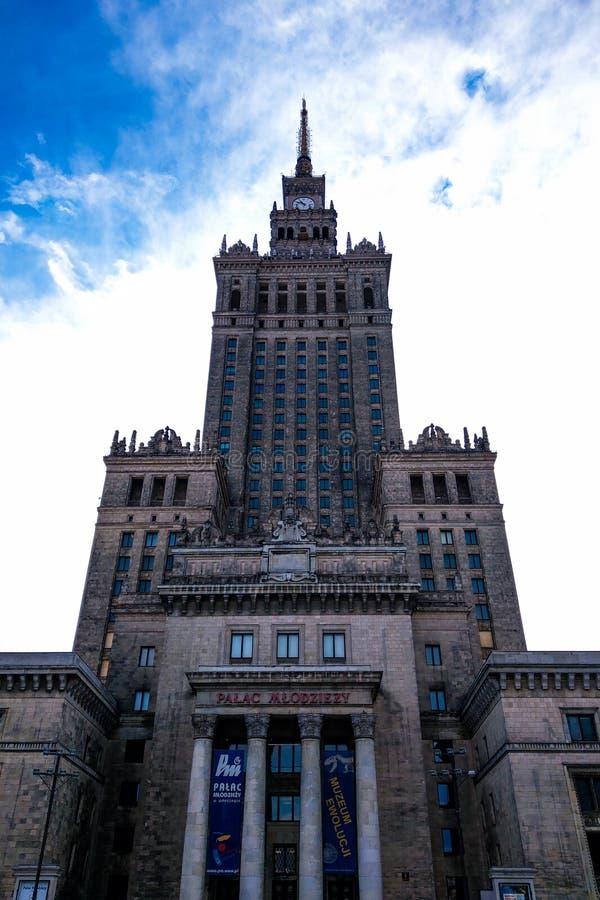 Warschau, Polen, am 9. März 2019: Palast der Kultur und der Wissenschaft, Warschau lizenzfreie stockfotos