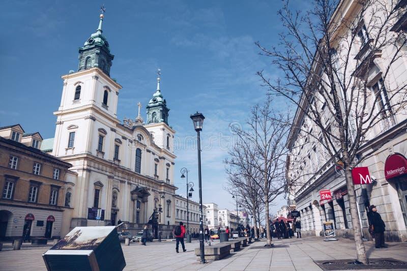 WARSCHAU, POLEN - März 2018 - touristisches Besuchs-Warschau lizenzfreies stockfoto