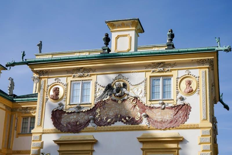 WARSZAWA POLAND/EUROPE - SEPTEMBER 17: Wilanow slott i Warszawa fotografering för bildbyråer