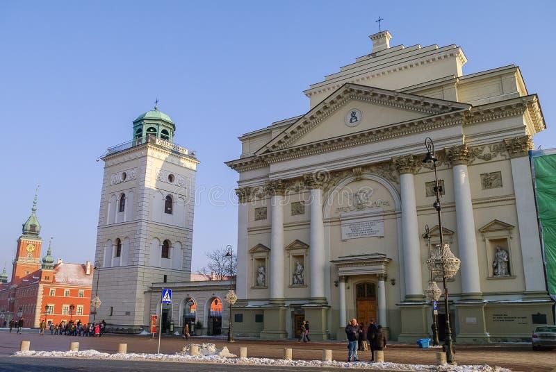 Warszawa Polen - Januari 5, 2011: Gammal stadstirrande Miasto, slott fotografering för bildbyråer