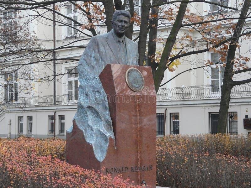 WARSZAWA POLSKA, RONALD REAGAN zabytek, - zdjęcia royalty free