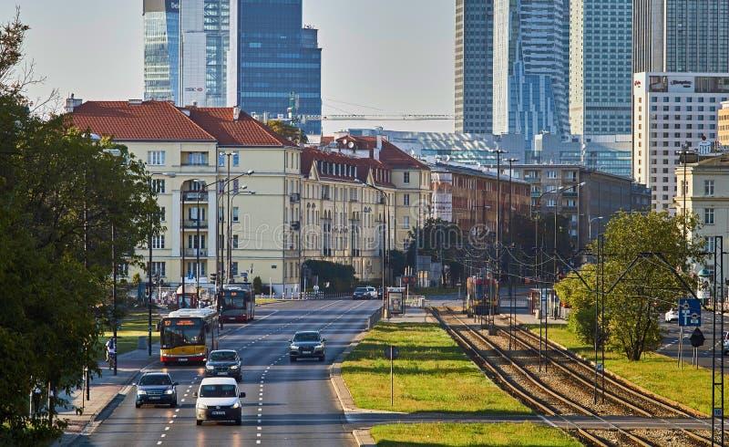 Warszawa Polska, Sierpień, - 27, 2016: Panoramicznego widoku śródmieście na zmierzchu, z pałac kultura i nauka, połysk: Palac zdjęcia stock