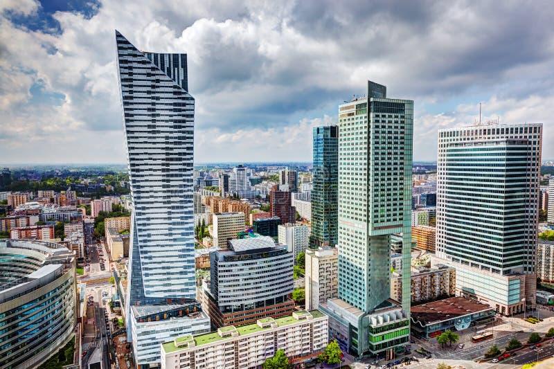 Warszawa, Polska W centrum biznesowi drapacze chmur zdjęcie royalty free