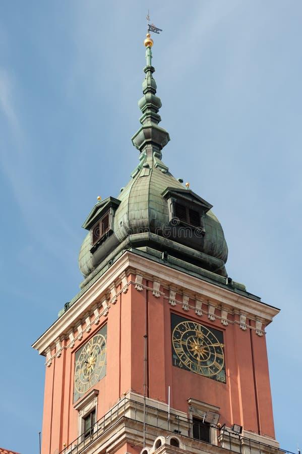 WarszawaPolen Oktober 2014 centrum med Östeuropa och modern arkitektur royaltyfria bilder