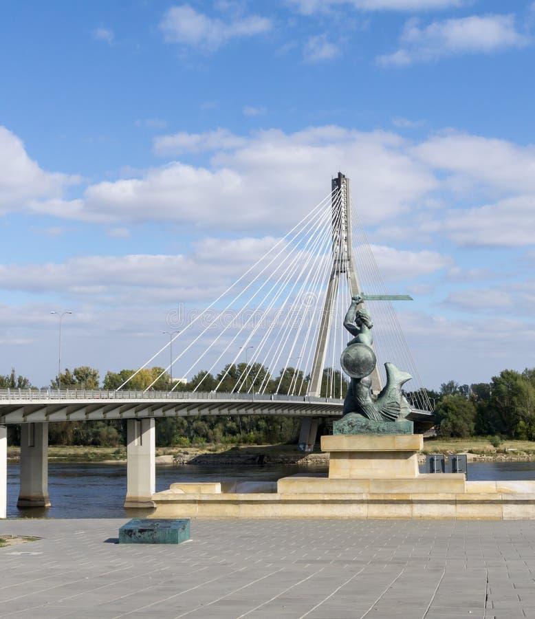 Warszawasjöjungfru (Syrenka) - symbol/emblem av Warszawa royaltyfri foto