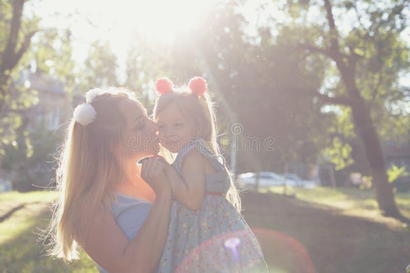 Wartości rodzinne Matka i córka fotografia royalty free
