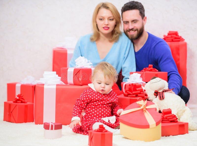 Wartości rodzinne Rodzicielstwo nagradzający z miłością tego domu hearths pojęcia rodziny kluczy cudowny wielu drzewo miłości Wsz zdjęcie stock