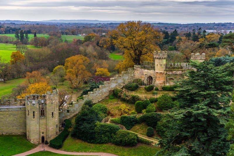 Warwick Castle Wall lizenzfreie stockbilder