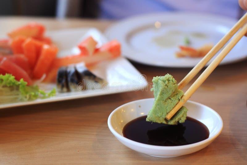 Wasabi et sauce de soja photographie stock