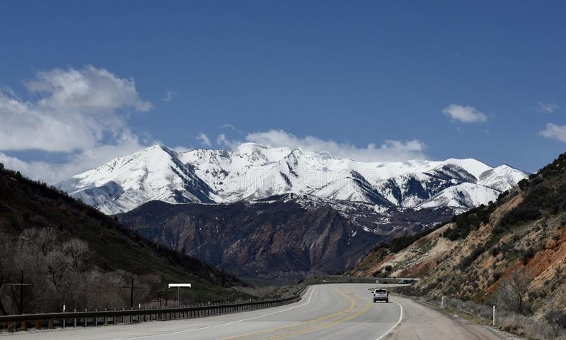 Wasatch-Berg entlang einer Utah-Landstraße #1 lizenzfreie stockfotografie
