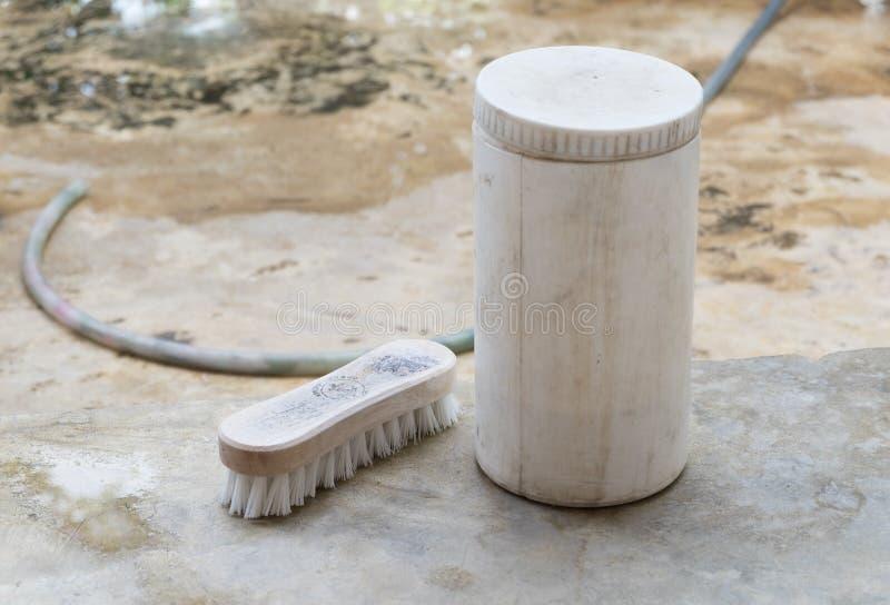 Waschende Bürste lizenzfreie stockbilder