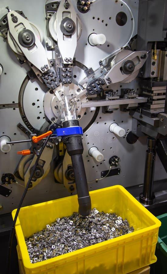Waschmaschinen, die Maschine herstellen lizenzfreie stockfotografie