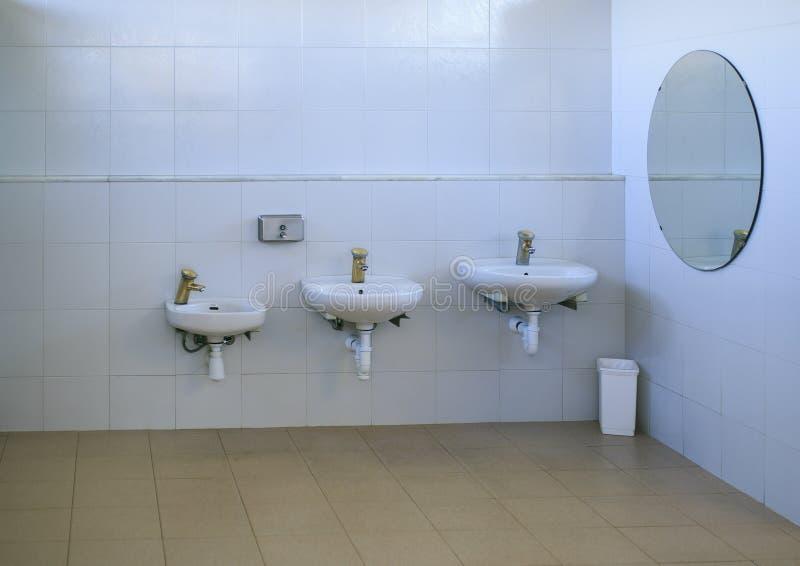 Washbasin 3 различных размеров стоковые изображения rf