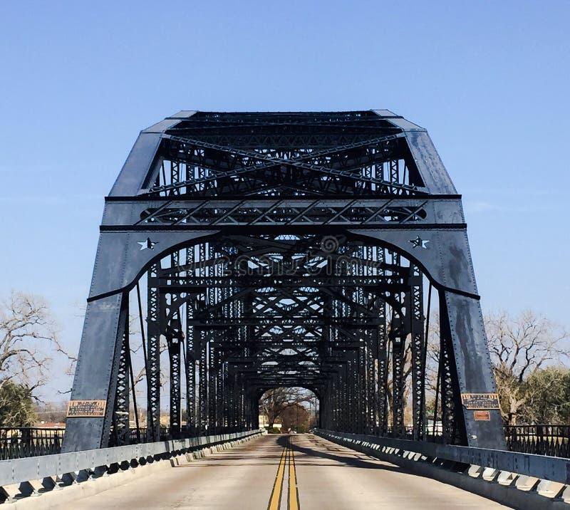 Washington Avenue Bridge i Waco Texas royaltyfria foton