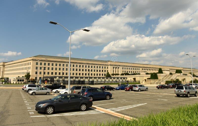 Washington, C.C - 1er juin 2018 : Bâtiment du Pentagone, sièges sociaux photo libre de droits