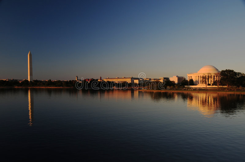 Washington D.C. bij schemer stock foto