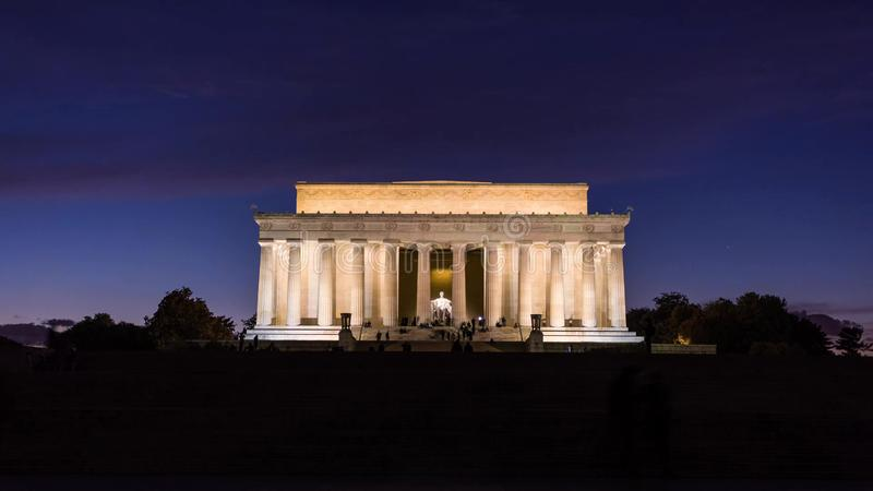 Washington, D C horizon met wegen en monumenten stock fotografie