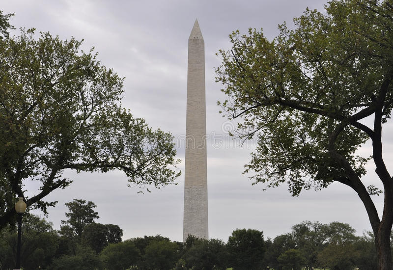 Washington DC Augusti 5th: Washington Obelisk från Washington District av Columbia arkivbilder