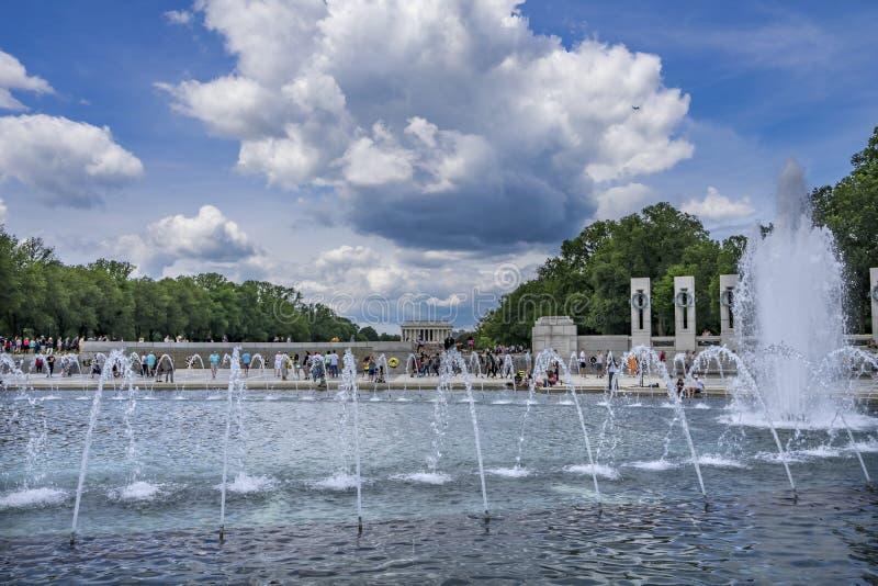 Washington DC conmemorativo del National Mall de la Segunda Guerra Mundial de la fuente fotos de archivo