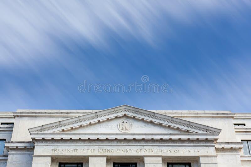 Washington DC de la fachada del edificio de oficinas del senado de Dirksen fotos de archivo