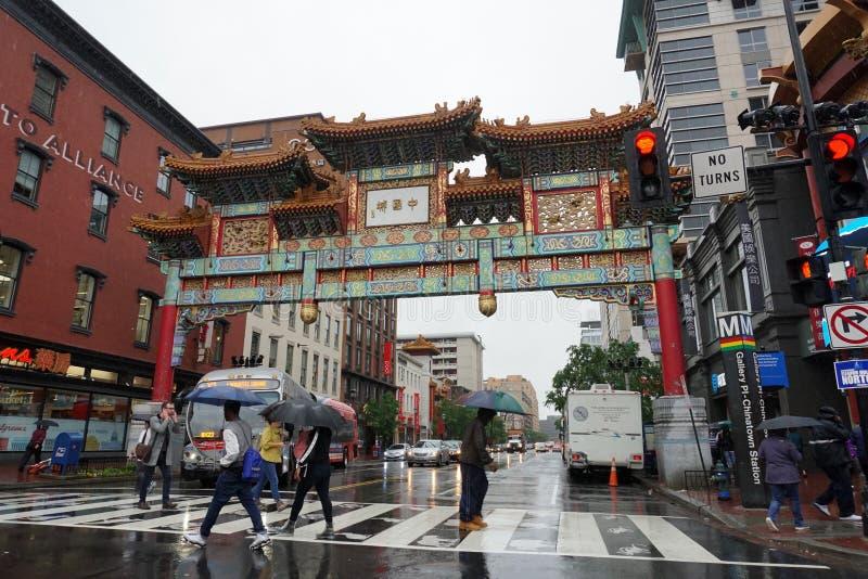 WASHINGTON DC, de V.S. - 16 MEI 2018 - Chinatown onder zware regen royalty-vrije stock afbeeldingen