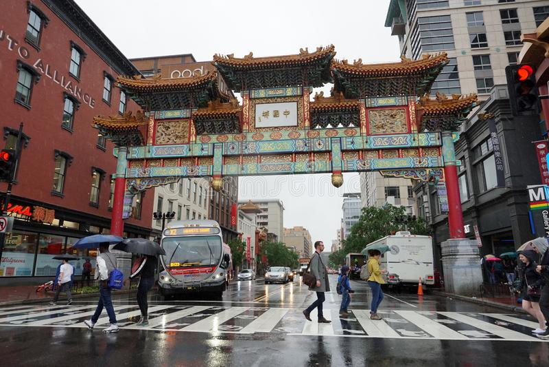 WASHINGTON DC, de V.S. - 16 MEI 2018 - Chinatown onder zware regen royalty-vrije stock foto