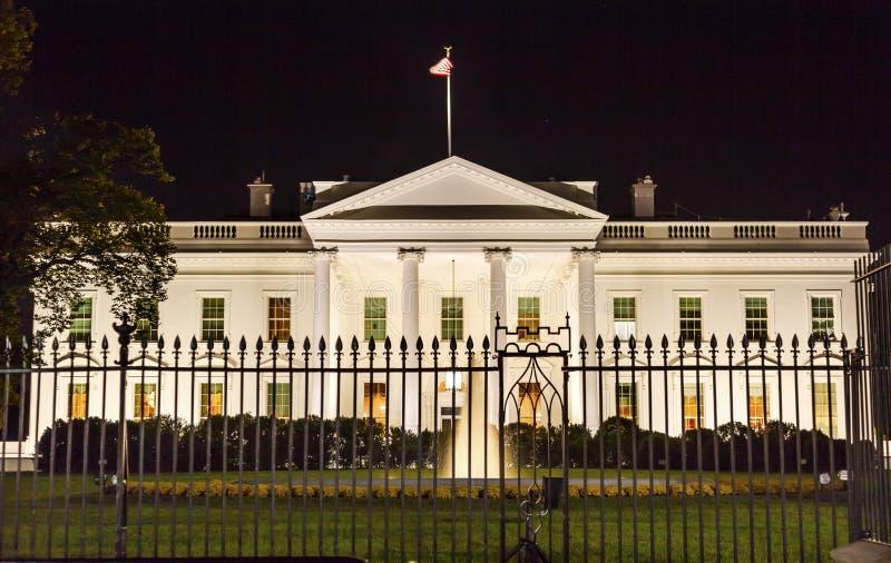 Washington dc del viale della pensilvania di notte della for Disegni della casa della cabina di ceppo