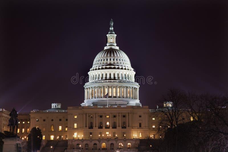 Washington DC di notte della cupola degli Stati Uniti Campidoglio fotografie stock