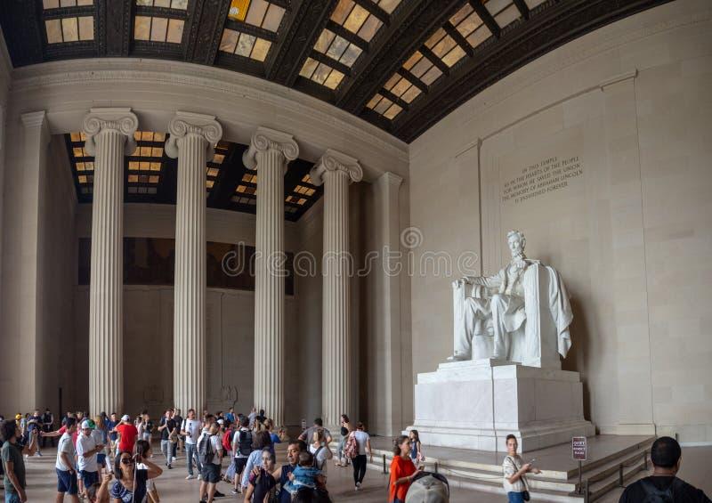 Washington DC District of Columbia [Förenta staterna USA, Lincoln Memorial över reflexionspöl, inre och yttre, arkivfoto