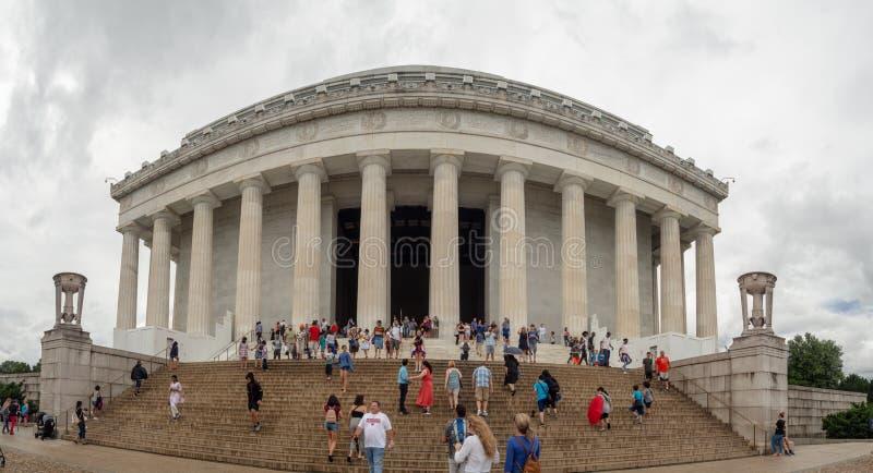 Washington DC, distrito de Columbia [Estados Unidos los E.E.U.U., Lincoln Memorial sobre piscina de la reflexión, interior y exte foto de archivo libre de regalías