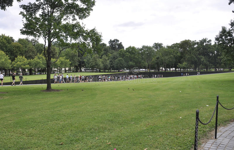 Washington DC, il 5 agosto: Memoriale di guerra nazionale del centro commerciale da Washington District di Colombia fotografia stock libera da diritti