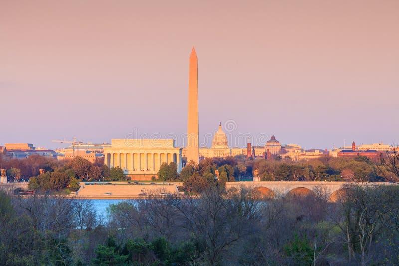 Washington DC linii horyzontu Lincoln pomnik, Waszyngtoński zabytek i obraz stock