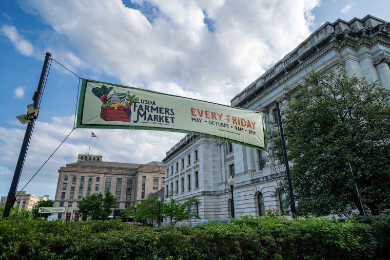 Washington DC - 9 Mei, 2019: Het teken voor het Ministerie van de V.S. van de Markt van Landbouwlandbouwers, hield elke Vrijdag i royalty-vrije stock afbeelding
