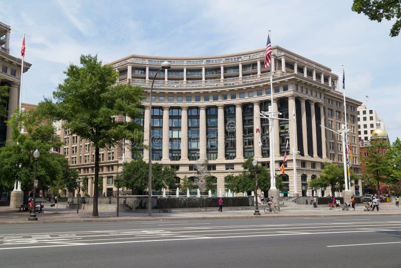 Washington, DC/USA - circa luglio 2015: Plaza commemorativa della marina statunitense e centro navale di eredità fotografia stock libera da diritti